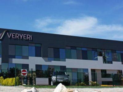 Veryeri Modern Showroom'uyla İzmir'den Parlıyor