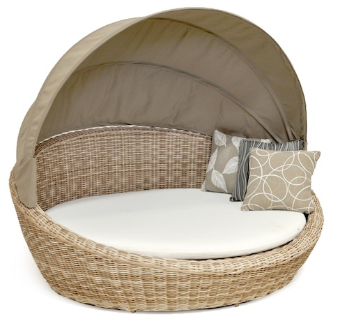 1454670748_Lunica___Pearl_Daybed