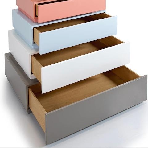1471333533_Pomstore_Lil_gaea_pyramid_drawers