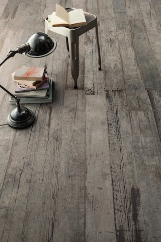 astonishing-porcelain-tile-looking-like-real-weathered-wood-3-thumb-autox944-51574