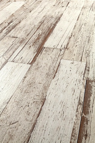 astonishing-porcelain-tile-looking-like-real-weathered-wood-5-thumb-autox944-51578